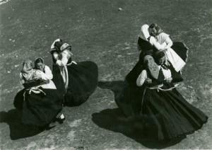 Djevojke plešu balun
