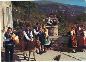 Hrvatska narodna nošnja