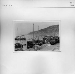 Komiški ribari pred odlazak za Pelegružu.