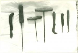 Pribor za izrađivanje instrumenata