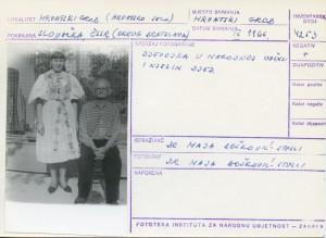 Folklorna građa hrvatskih sela u Slovačkoj; Devinska Nova Ves, 1966.: Djevojka u narodnoj nošnji i njezin djed.
