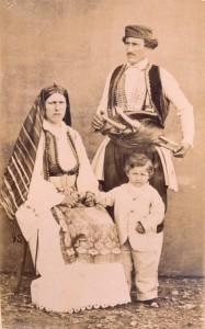 Fotografije nošnji. Crnogorci, viši društveni sloj.