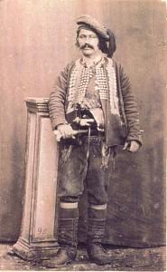 Fotografije nošnji. Dalmatinac, zadarsko zaleđe (Obrovac); i na sl. 55461.