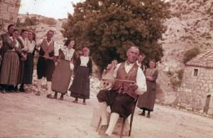 Kolo poskočica iz Osojnika, 1963. Lijeričar.