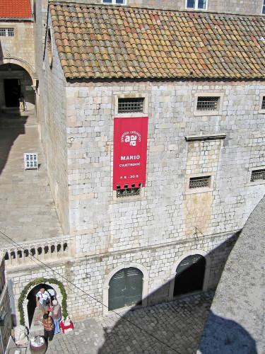 15th International Ethnological Food Research Conference: Mediteranean Food and It's Influence Abroad, Dubrovnik, 27. rujan - 3. listopad 2004.: Pogled na zgradu Galerije Sebastian