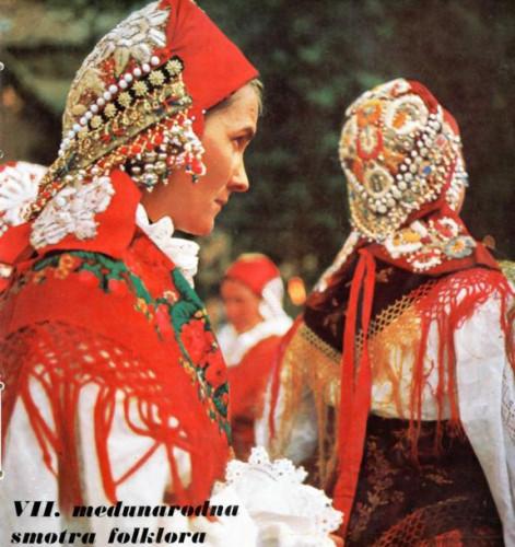 Tradicionalna materijalna kultura, njeno današnje stanje, značenje i smisao u suvremenom životu