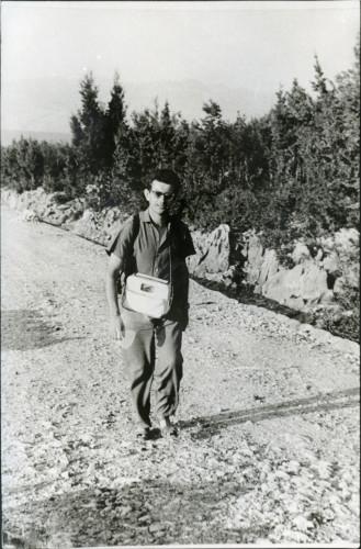 Jerko Bezić na terenu kao asistent zadarskog instituta JAZU