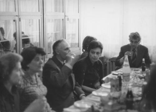 Olinko Delorko odlazi u mirovinu (snimljeno u biblioteci Instituta): Maja Bošković-Stulli, Olinko Delorko, Dunja Rihtman Auguštin