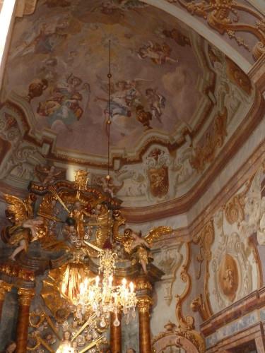 Svod i dio glavnog oltara, barokna župna crkva Majke Božje Snježne, Belec