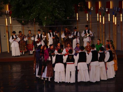 37. Međunarodna smotra folklora, Zagreb, 16.-20. srpnja 2003.: Hrvatski i strani folklorni ansambli, Gradec, 20.7.2003. KUD