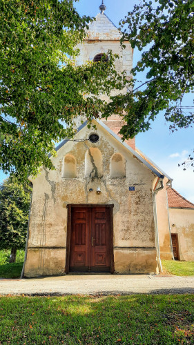 Zapadna strana kapele sv. Margiete, Peršaves