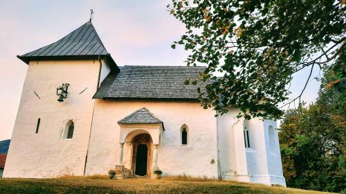 Južna strana gotičke kapele sv. Jurja, Belec-Juranščina
