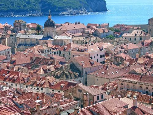 15th International Ethnological Food Research Conference: Mediteranean Food and It's Influence Abroad, Dubrovnik, 27. rujan - 3. listopad 2004.: Pogled na staru gradsku jezgru i more sa zidina