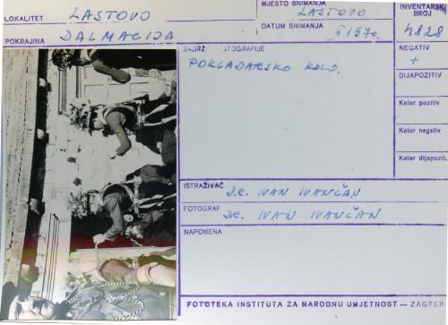 Plesni običaji otoka Lastova, 1970. Poklade. Pokladarsko kolo.