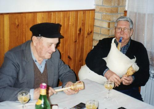 Ivo Kušić, miješničar i Ivan Rusković, kazivač.